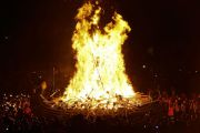 Spectacular Viking Festival Comes to an End with Burning of Longboat