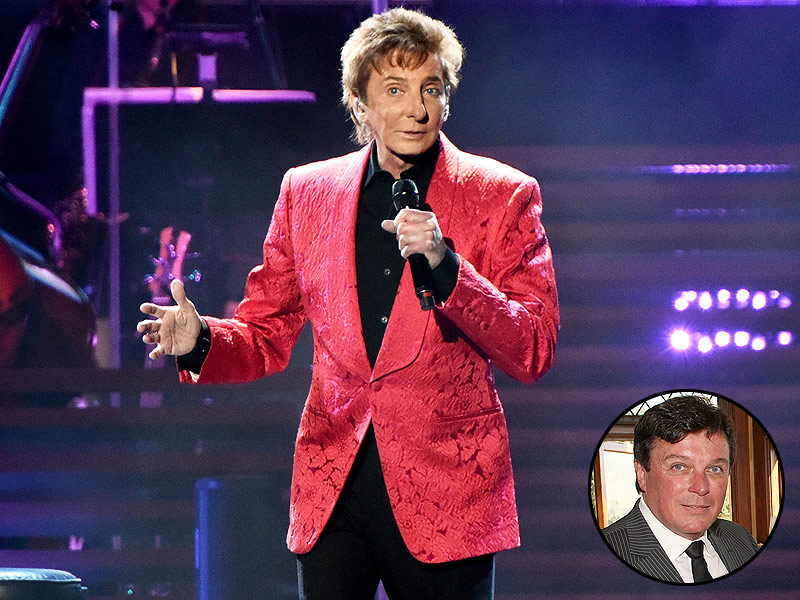barry-manilow-800_and_husband