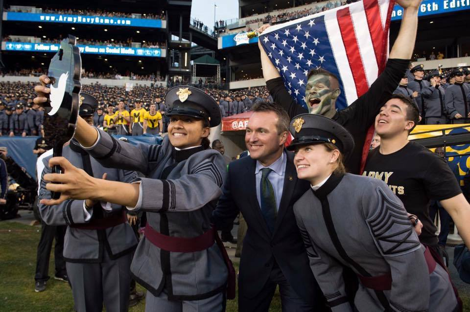Eric_Fanning_at_Army__Navy_Game