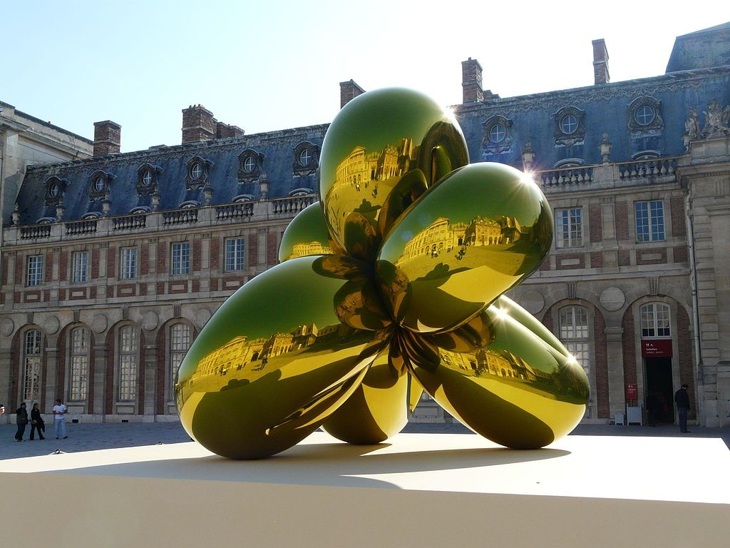 balloon flower by jeff koons cour du chateau de versailles panoramio 1024x768