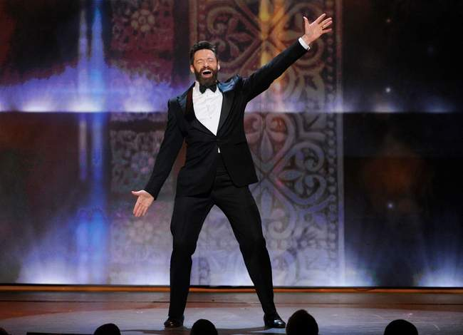 Hugh_Jackman_performs