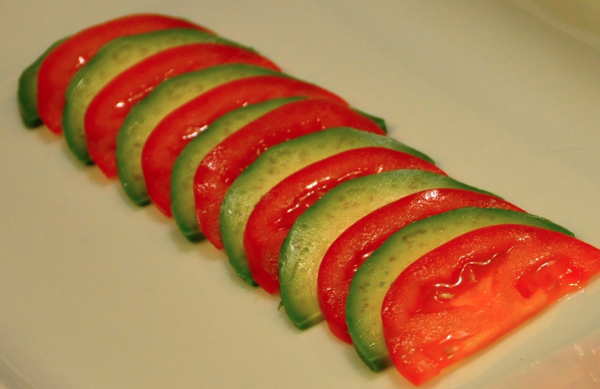 Avocado_and_Tomatoes