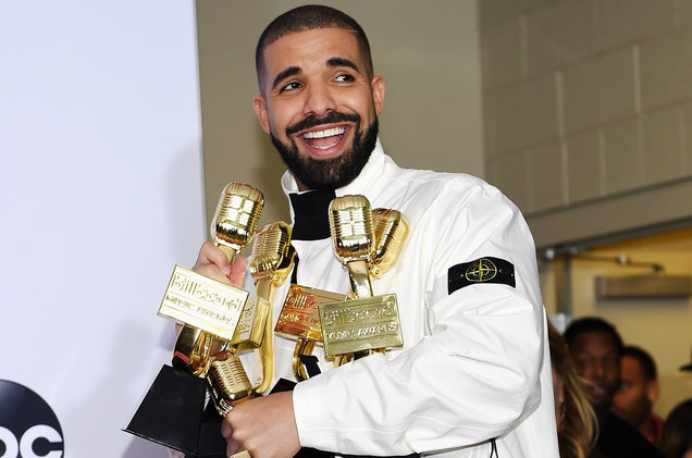 drake bbmas press room 2017 a billboard 1548