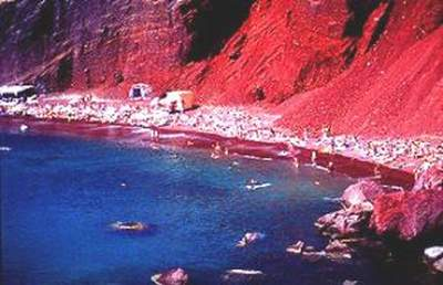 Santorini_Greece_Red_Sand_Beaches