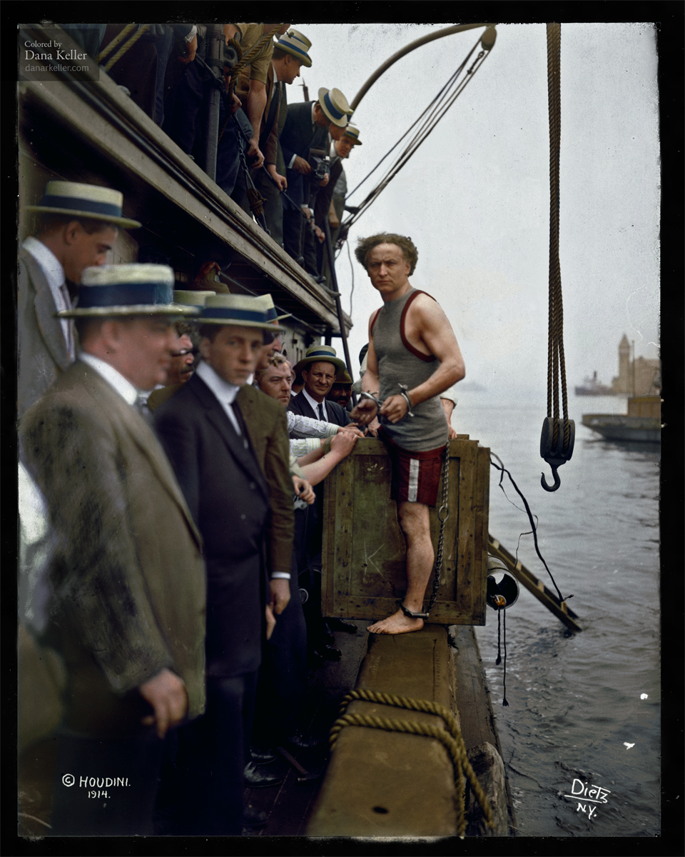 Harry Houdini about to perform a stunt NYC 1912