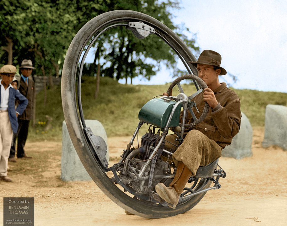 One Whee Motorcycle 1931 1