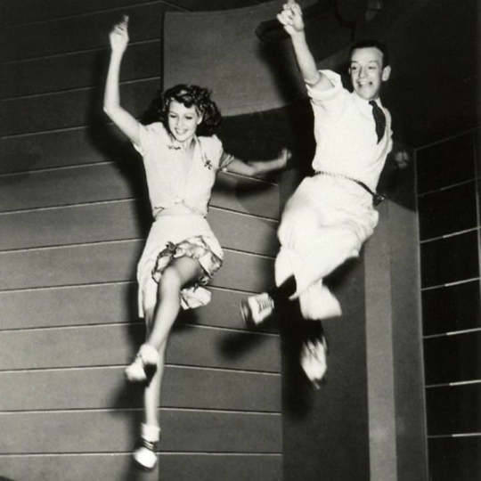 Rita_Hayworth_and_Fred_Astair