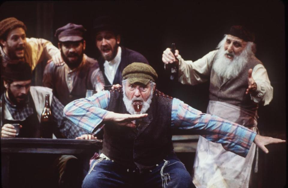 Teodor Vikel in Fiddler on the Roof