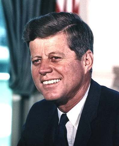 john_f_kennedy_white_house_portrait