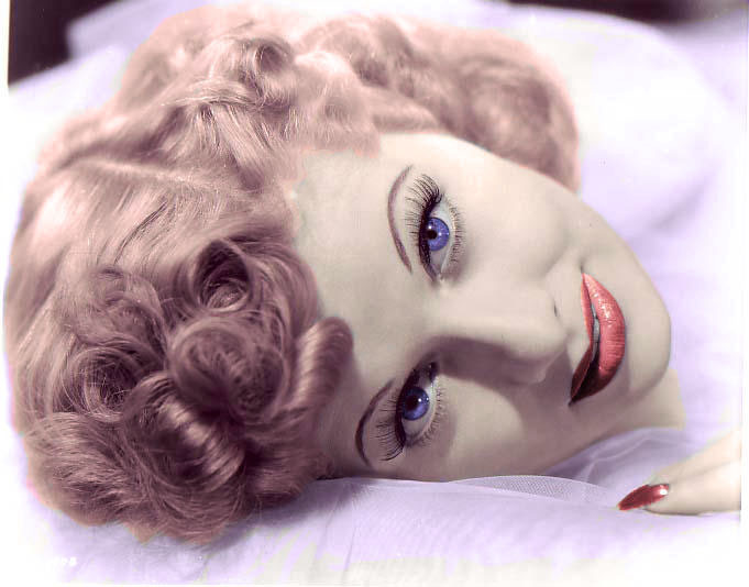 Lucille-Ball-i-love-lucy-5286638-681-534