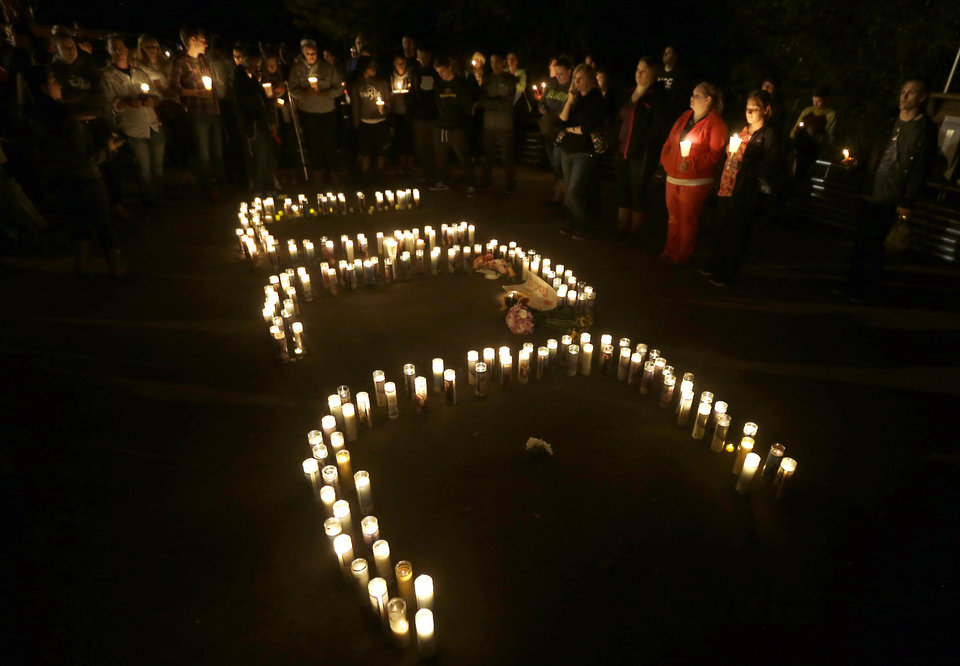 UCC_in_Candles_Oregon_Shooting