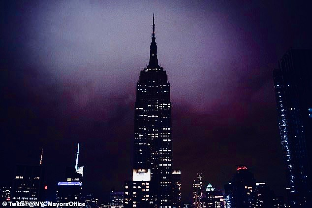 Empire State Building Dark in Honor of Victims 2