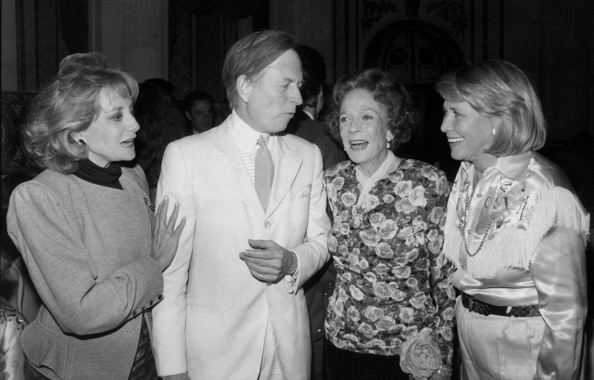 Tom Wolfe with Barbara Walters and others