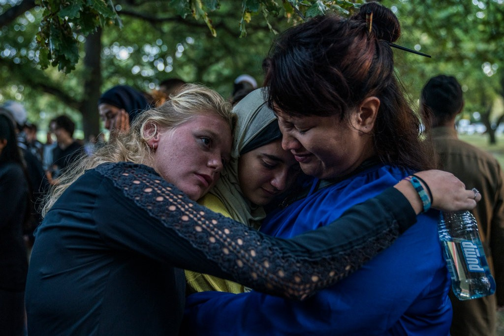 NEW ZEALAND GIRLS MOURNING
