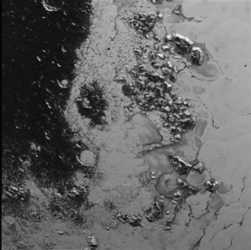 Pluto_CU_of_surface