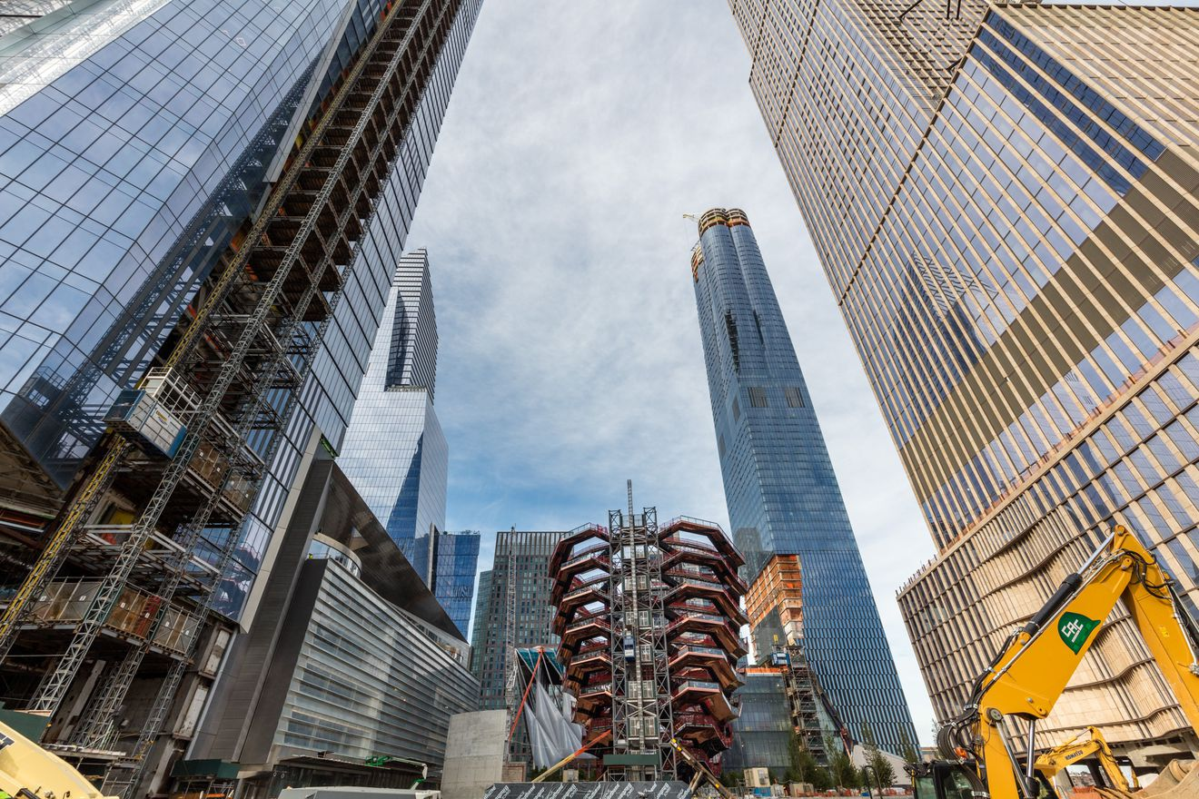 hudson Yards with Vessel in teh Center